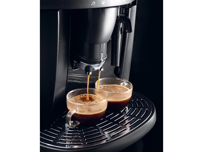 Кофеварка / кофемашина DeLonghi ESAM 4000