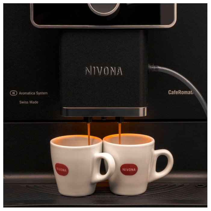 Кофеварка / кофемашина Nivona CafeRomatica 960