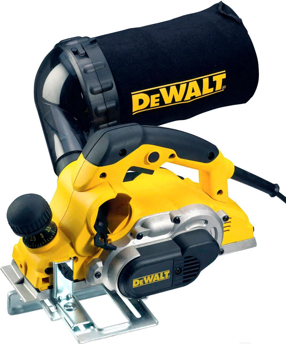 DeWalt D26500K