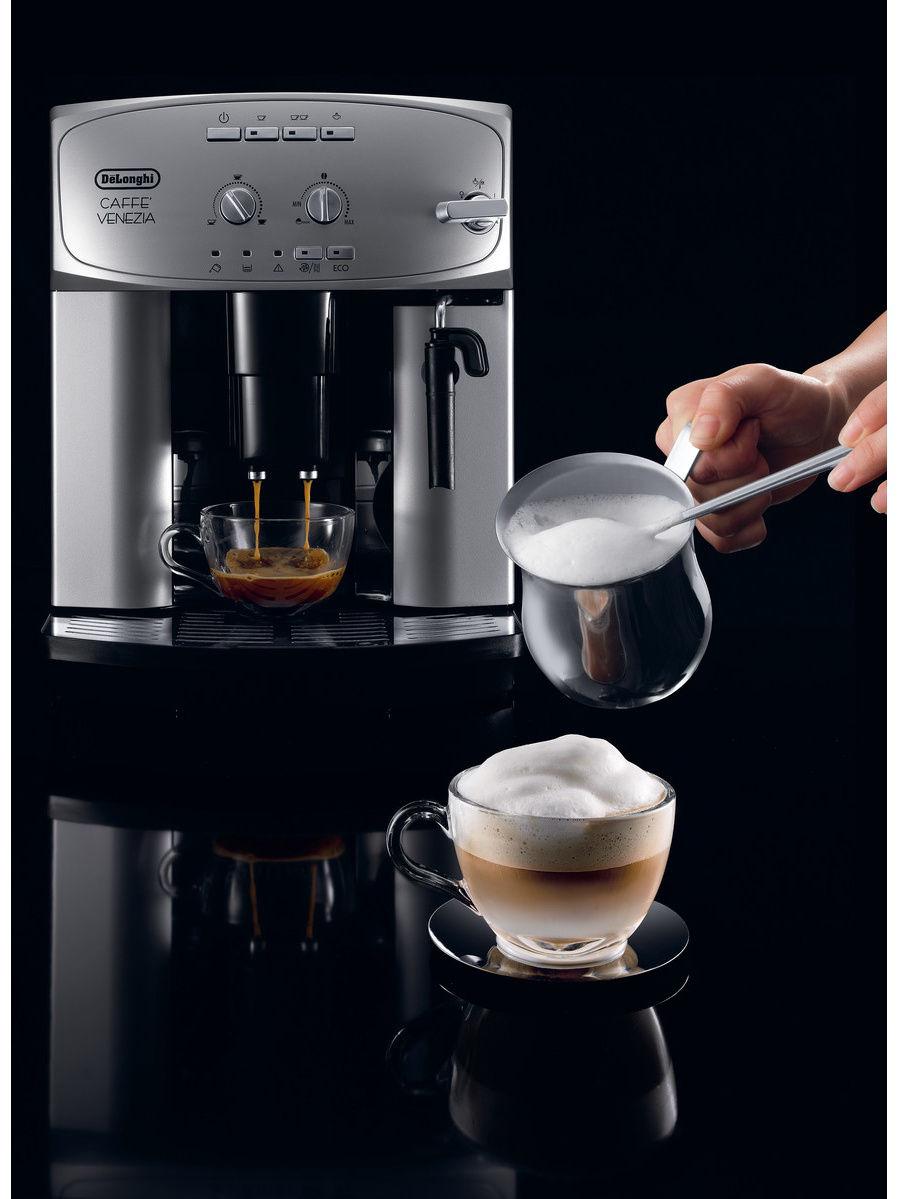 Кофеварка / кофемашина DeLonghi ESAM 2200