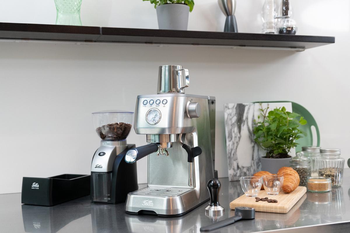 Кофеварка / кофемашина Solis Barista Perfetta Plus